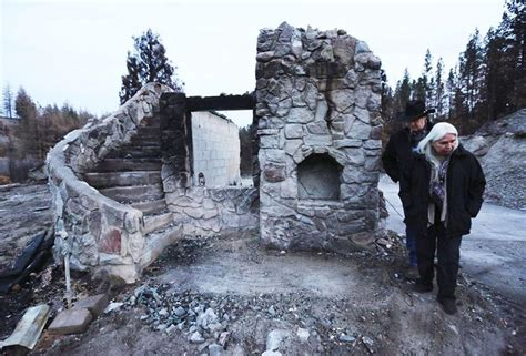Colville tribes race time to log charred lumber   State