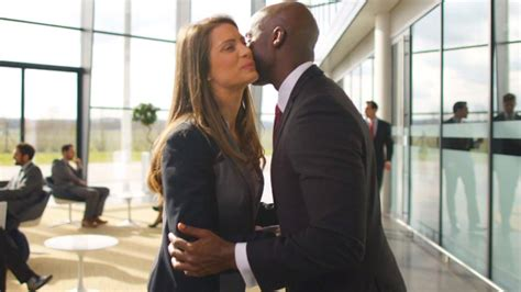 Should You Kiss Your Colleagues Hello in the Workplace