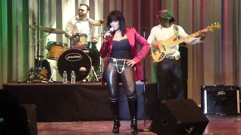 Rebbie Jackson sings Rock with you Live concert at Duke