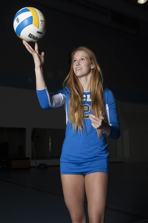 Reily Buechler's father grows from volleyball coach to her