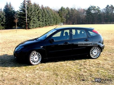 2002 Ford Focus ST170 - Car Photo and Specs