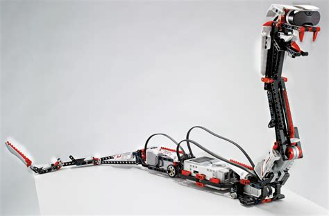 Lego's toy for grown-ups… the snake you move with a mobile